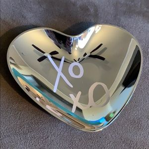 NIB Kate Spade all that glistens XOXO ring dish